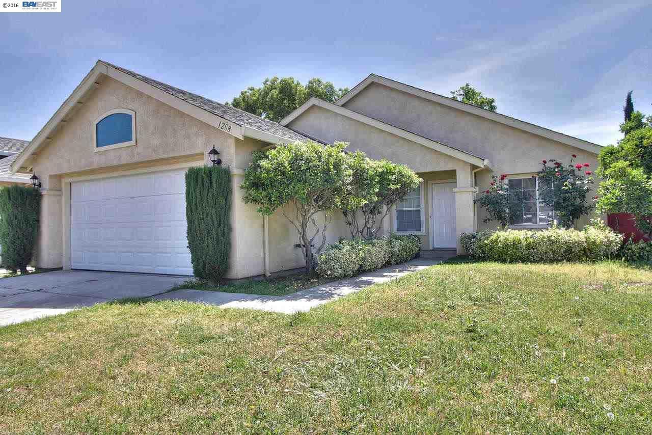 1208 Almaden Way, Modesto, CA