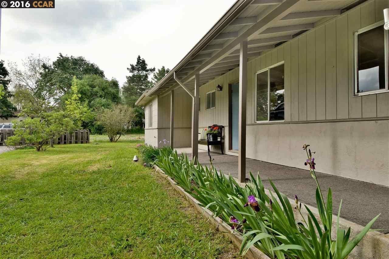 193 Oak Park Ln, Pleasant Hill, CA