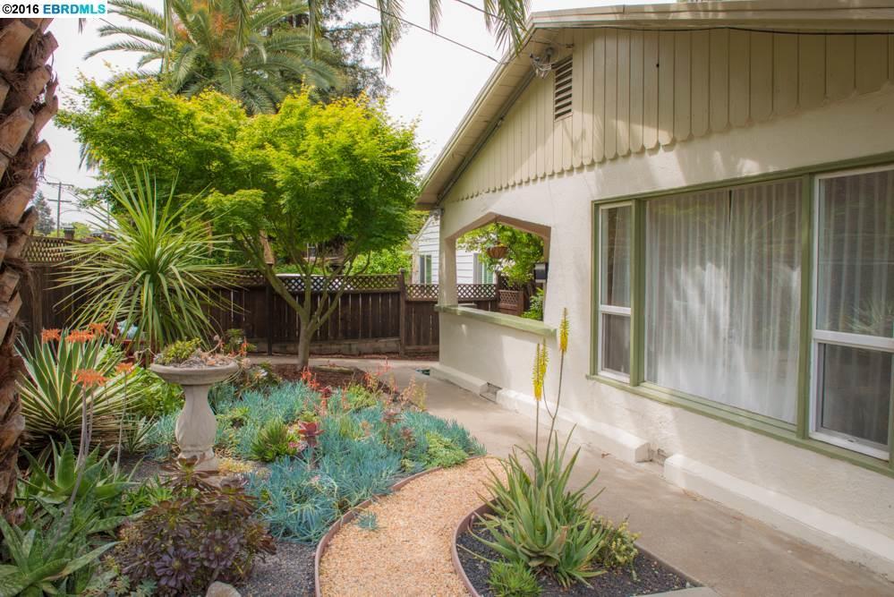 3145 Courtland Ave, Oakland, CA