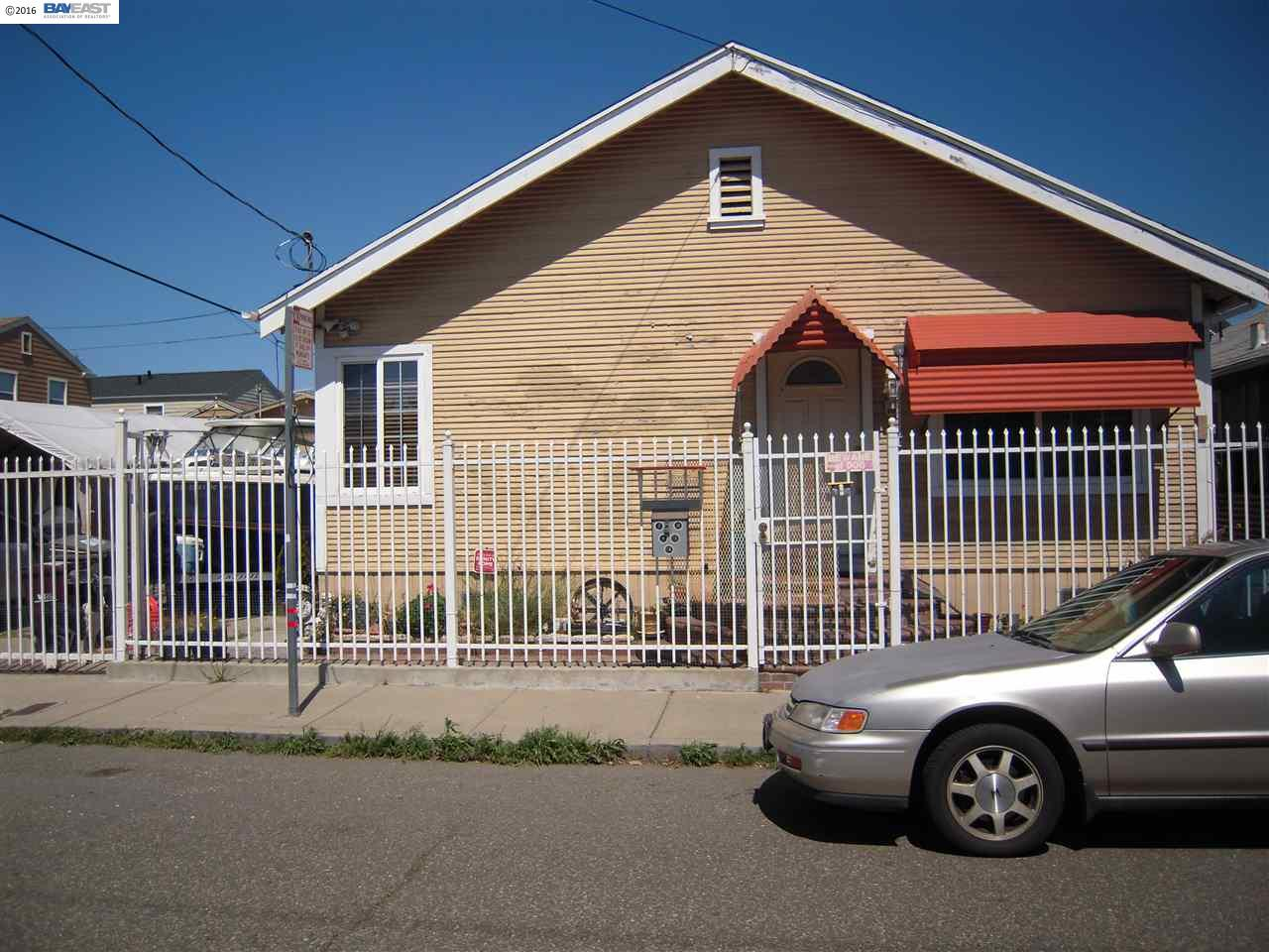 10520 Graffian St, Oakland, CA