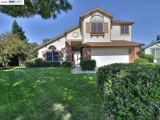 1490 Willow Glen Ct, Tracy, CA