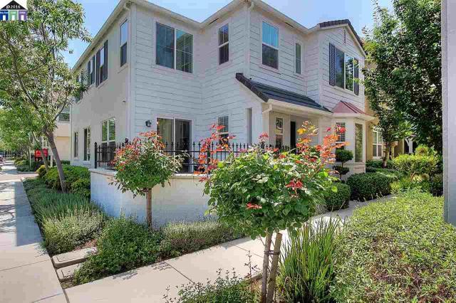 1027 Sallie Ln, Tracy, CA