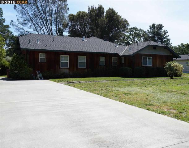 240 Oak Park Ln, Pleasant Hill, CA