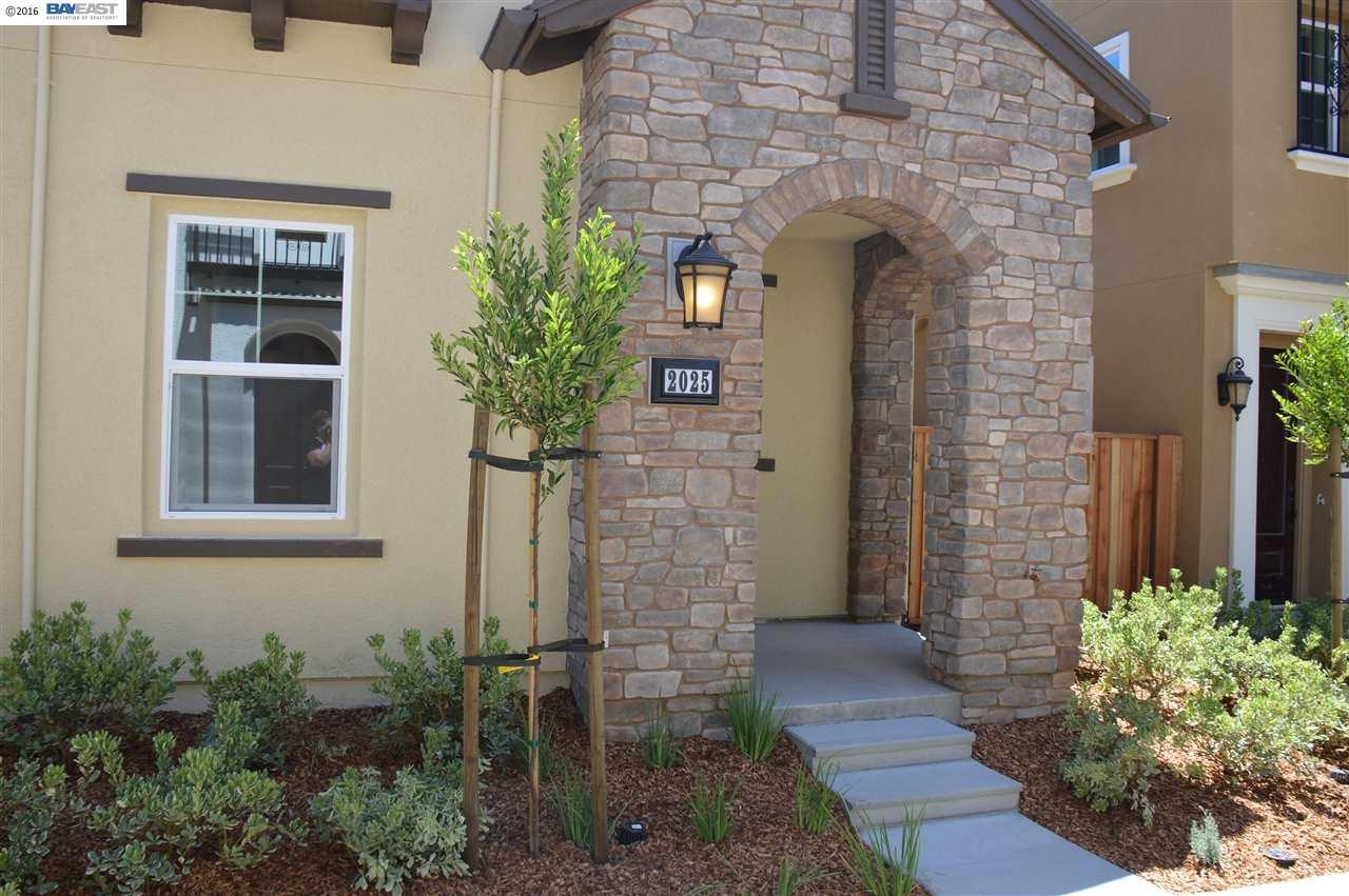 2025 Poinsettia St, San Ramon, CA 94582