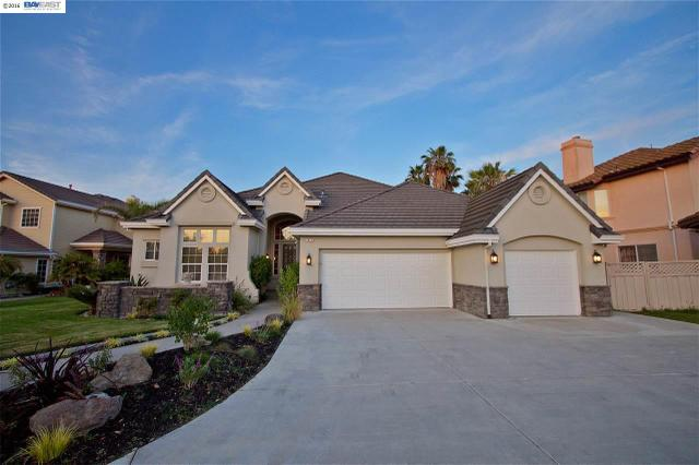 1011 Saint Andrews Dr, Discovery Bay, CA 94505