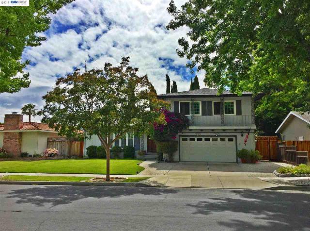 2252 Greenwood Rd Pleasanton, CA 94566