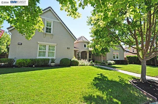 1888 Laguna Creek Ln Pleasanton, CA 94566