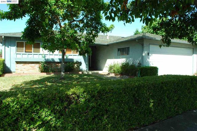 24737 Santa Clara St Hayward, CA 94544