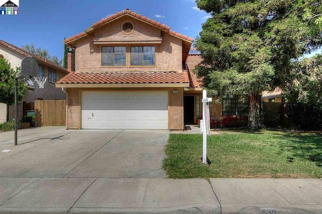830 Colonial Ln, Tracy, CA 95377