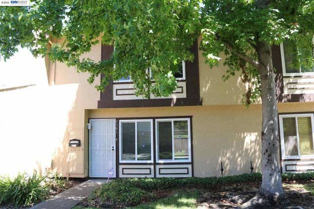 2581 Arf Ave, Hayward, CA 94545