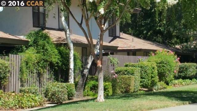 5476 Roundtree Pl #C, Concord, CA 94521