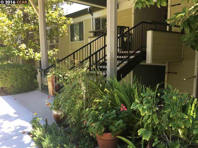 1232 Skycrest Dr #10, Walnut Creek, CA 94595