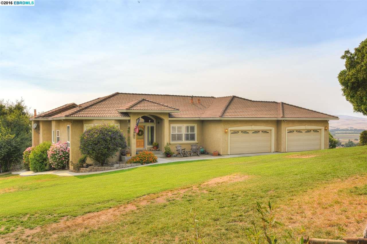 123 Cecelia Court, Hollister, CA 95023