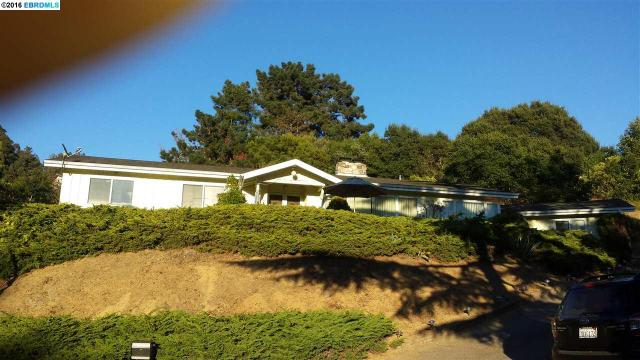 25 Riviera Ct, Oakland, CA 94605