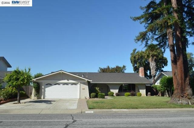 36695 Montecito Dr, Fremont, CA 94536