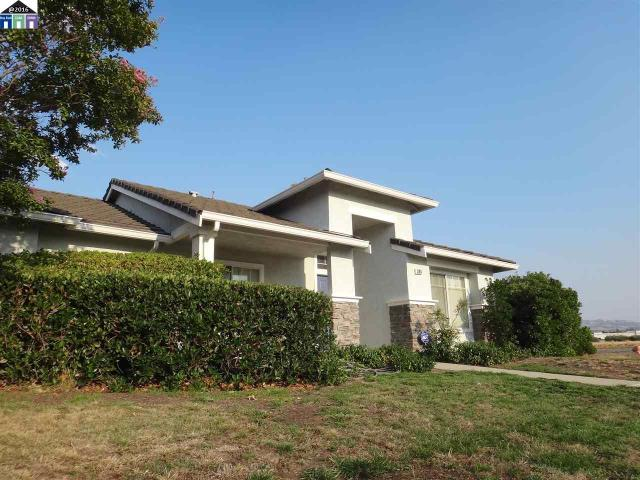 1105 Meadow Dr, Livermore, CA 94551