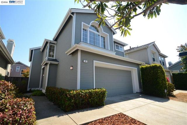 26 Lighthouse Ln, Richmond, CA 94804