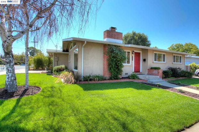 1755 Spruce St, Livermore, CA 94551