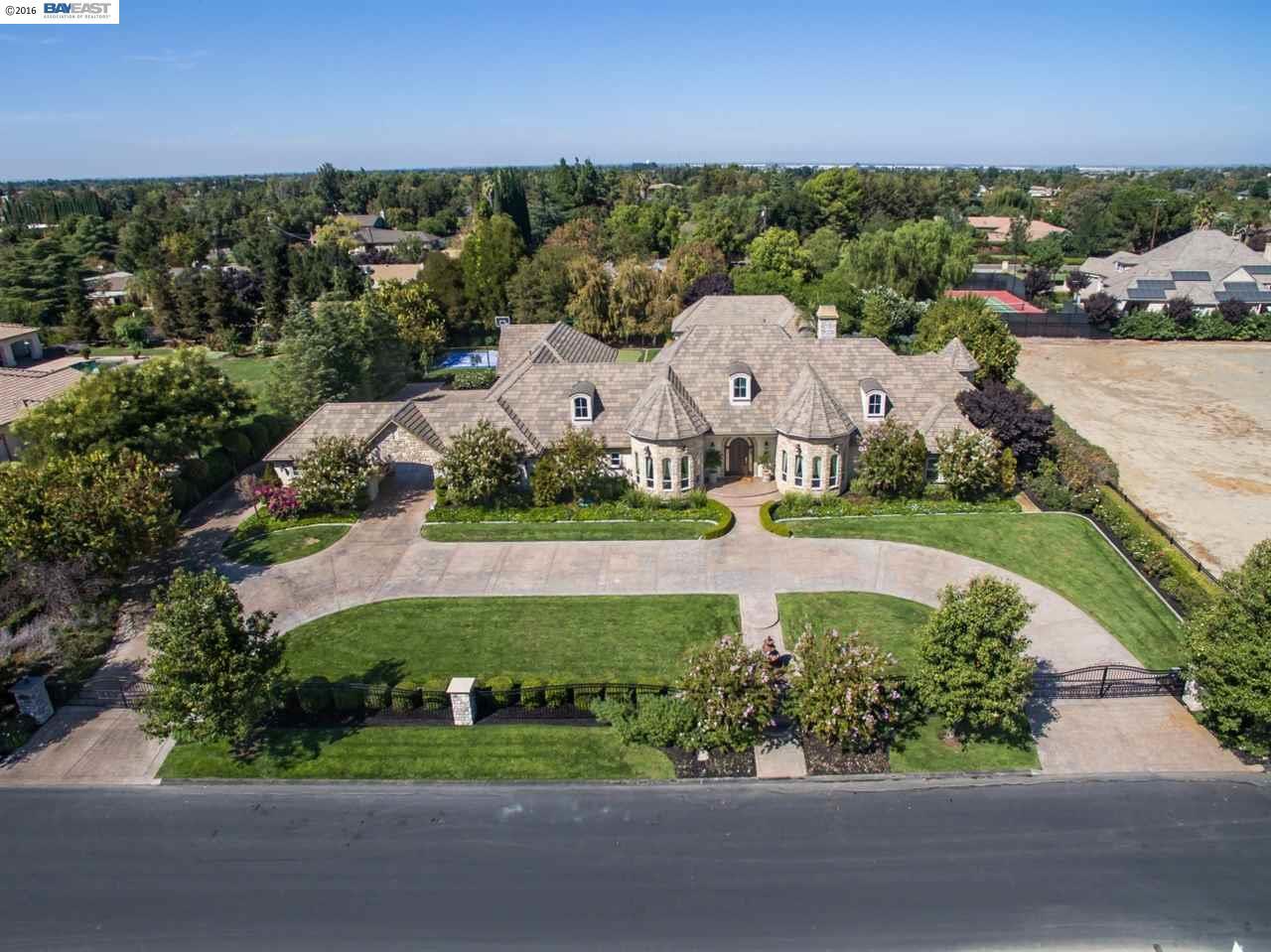 8545 Ranch Rd, Tracy, CA 95304