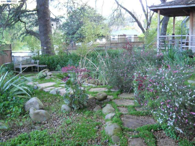 997 Old Canyon Rd, Fremont, CA 94536