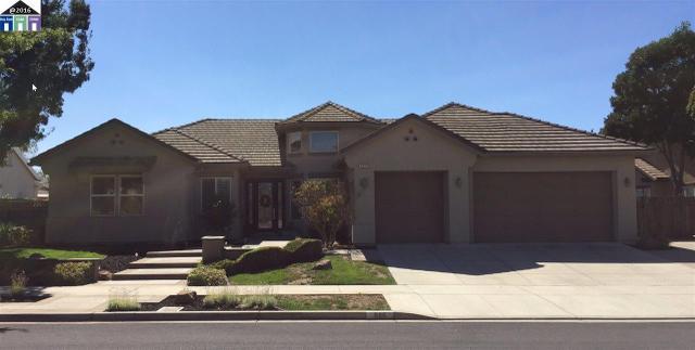 886 Old Oak Rd, Livermore, CA 94550