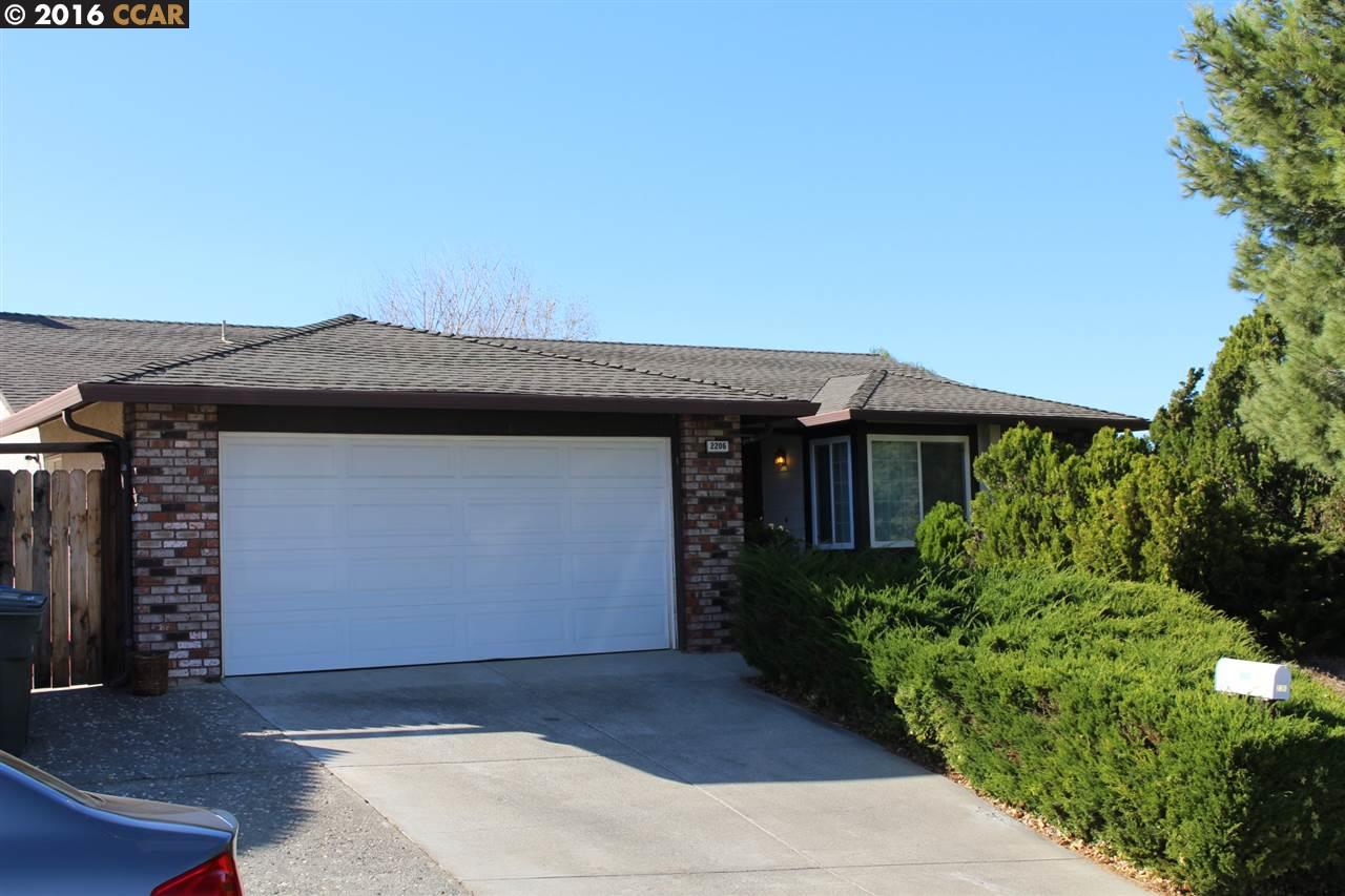 2206 Mount Whitney Dr, Pittsburg, CA 94565