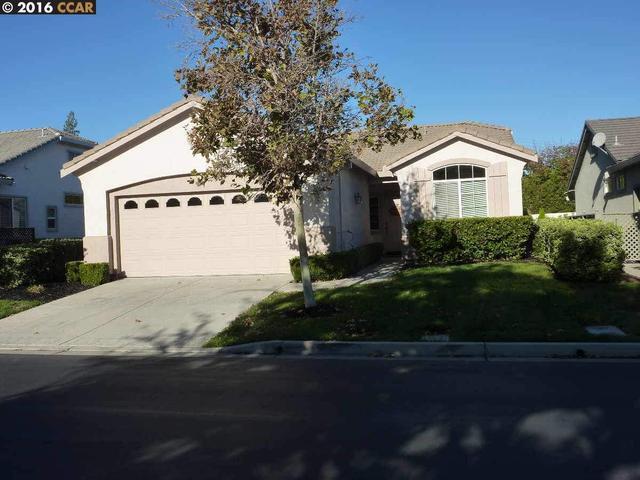 935 Centennial Dr, Brentwood, CA 94513