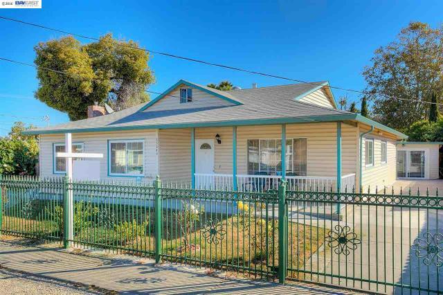 23240 Jorgensen Ln, Hayward, CA 94541