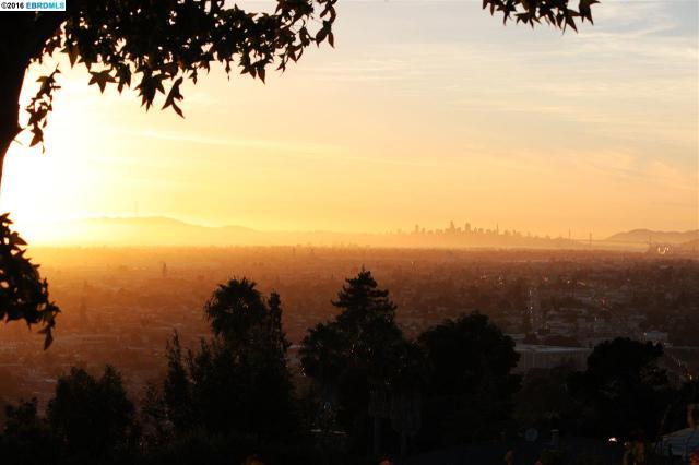 7999 Sunkist Dr, Oakland, CA 94605