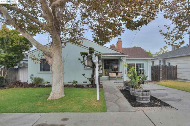 21280 Hobert St, Castro Valley, CA 94546