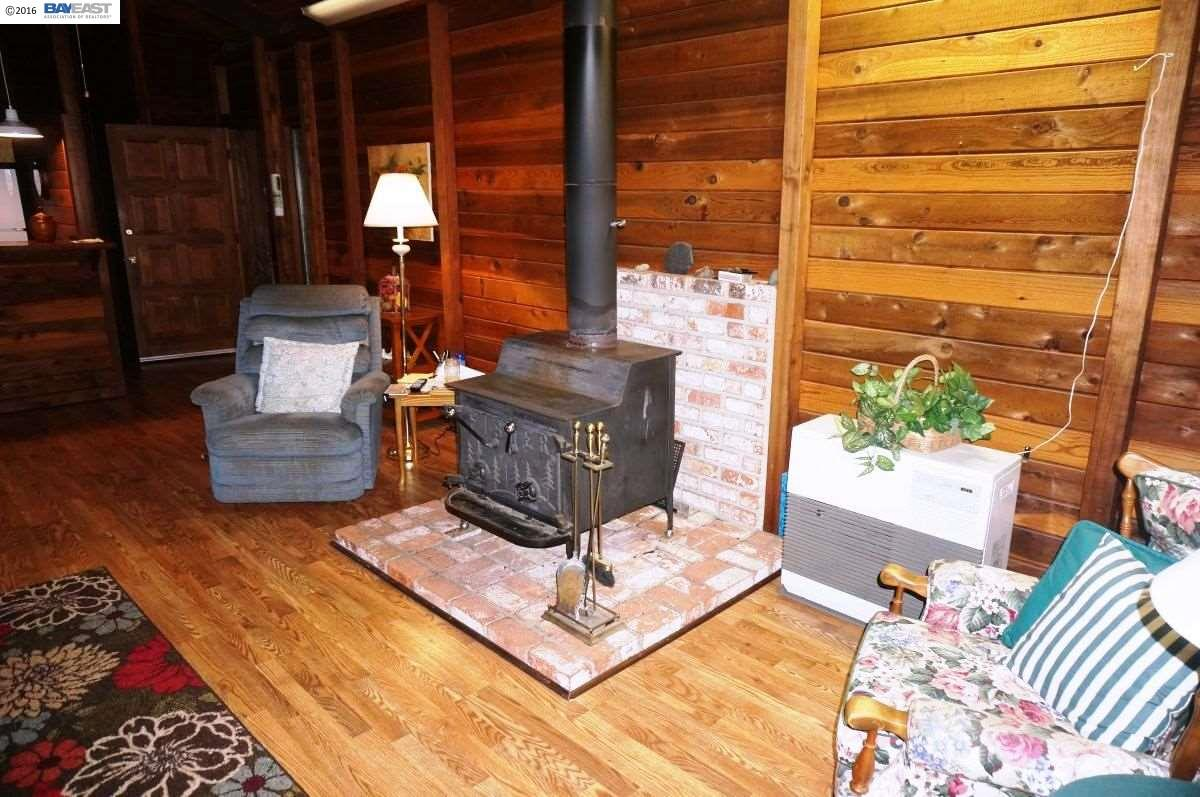 1668 Hawkins Bar, Burnt Ranch, CA 95527