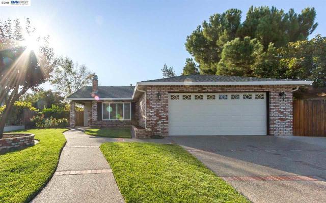 711 Debra St, Livermore, CA 94550