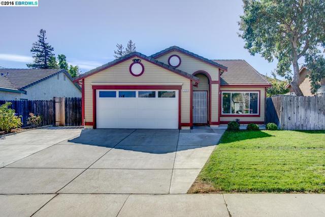 2039 Truman Ln, Oakley, CA 94561