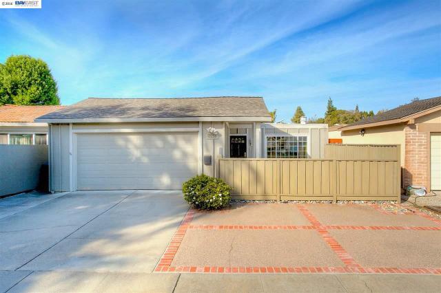 2236 Goldcrest Cir, Pleasanton, CA 94566