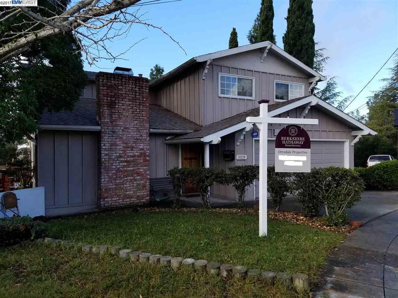 18239 Maffey Dr, Castro Valley, CA 94546