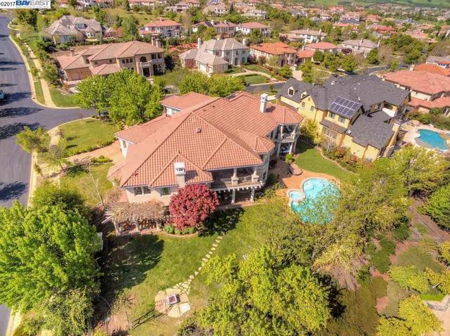 3760 Selvante St, Pleasanton, CA 94566