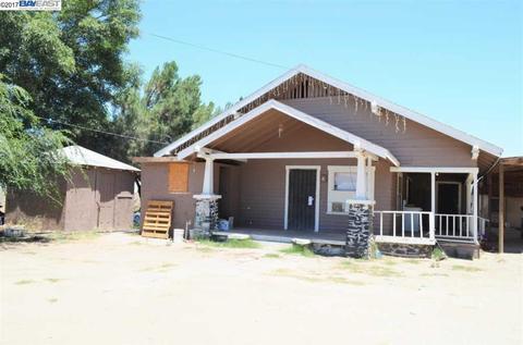 41052 Road 120, Orosi, CA 93647