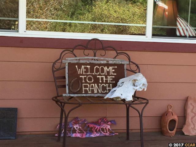 401 Bear Oaks Ln, Martinez, CA 94553