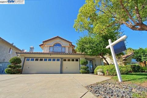 971 Allegheny St, Tracy, CA 95376