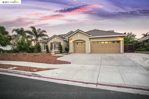 2241 Trinity Pl, Brentwood, CA 94513