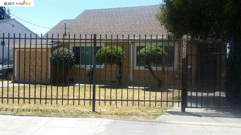 9025 Thermal St, Oakland, CA 94605