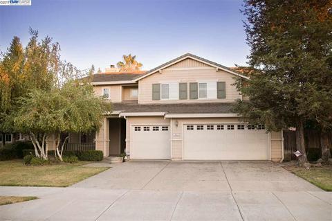 832 Mickelsen Ct, Brentwood, CA 94513