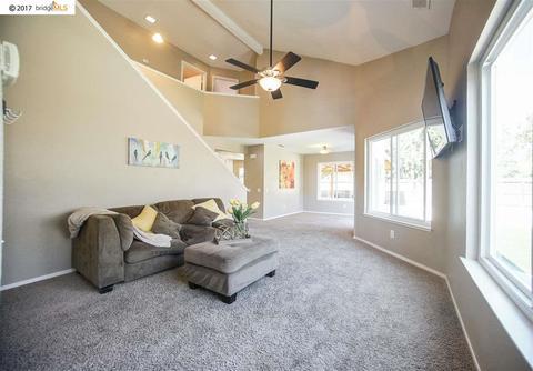 235 Robinwood Ave, Oakley, CA 94561