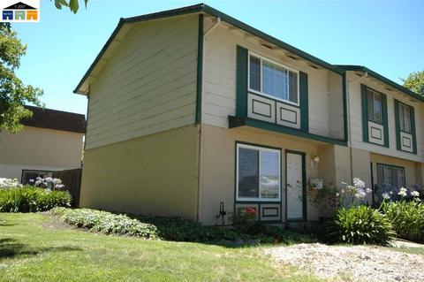 2500 W Tennyson Rd, Hayward, CA 94545