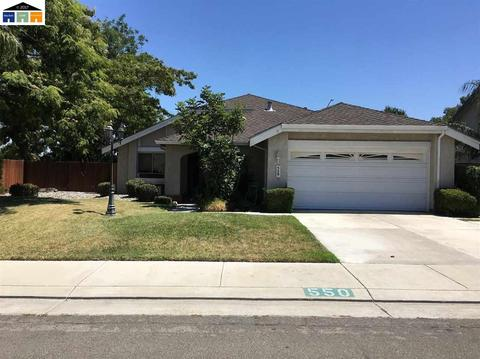 550 Racquet Dr, Tracy, CA 95376