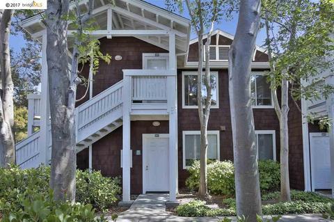 240 Marina Lakes Dr, Richmond, CA 94804