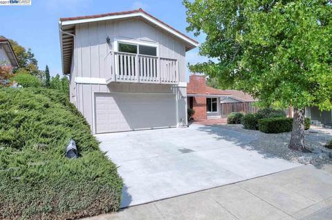 4484 Deerberry Ct, Concord, CA 94521