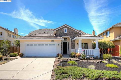 25109 Valley Oak Dr, Castro Valley, CA 94552