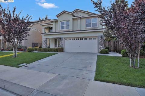 10221 Berryessa Dr, Stockton, CA 95219
