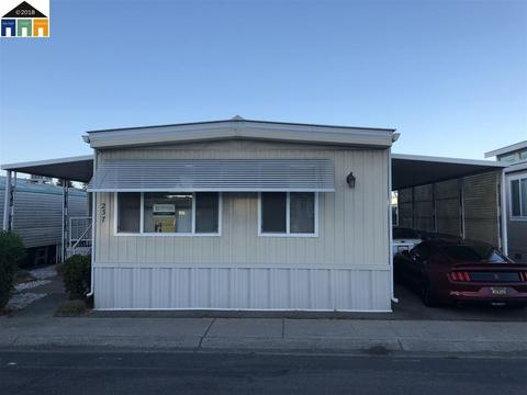 MT Eden, Hayward, CA Mobile Homes for Sale - 9 Listings - Movoto on mobile homes in simi valley ca, mobile homes in salinas ca, mobile homes in san jacinto ca, mobile homes in hobbs nm, coralwood mobile home park modesto ca,